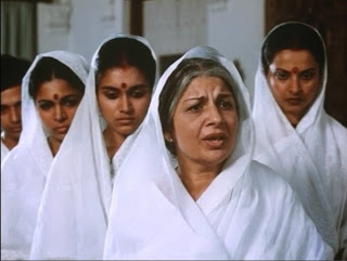 white mills hindu single women Hindu texts present diverse and conflicting views on the position of women, ranging from feminine leadership as the highest goddess, to limiting her role to an obedient daughter, housewife.