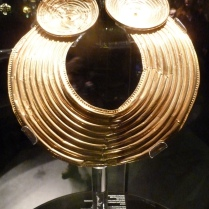 I saw this beautiful golden Torc during a half term trip to the Victoria & Albert Museum