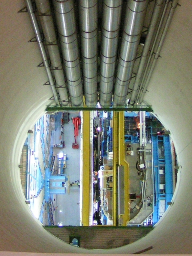 Looking down into the earth 100m to the ATLAS detector below