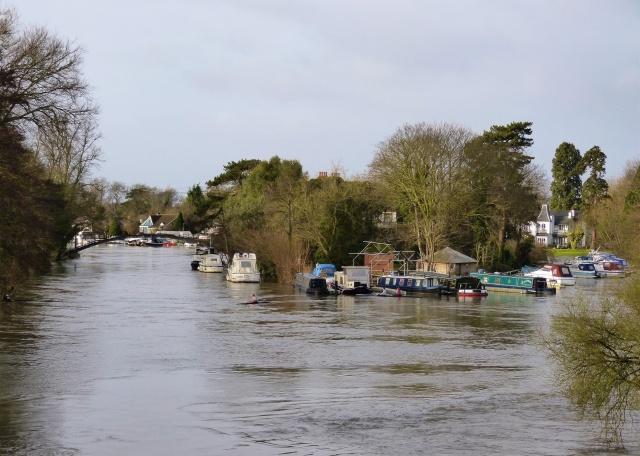 River flooding at Weybridge