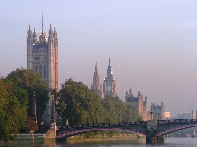 Big Ben & The Victoria Tower andThe Houses of Parliament from the River Thames through Lambeth Bridge