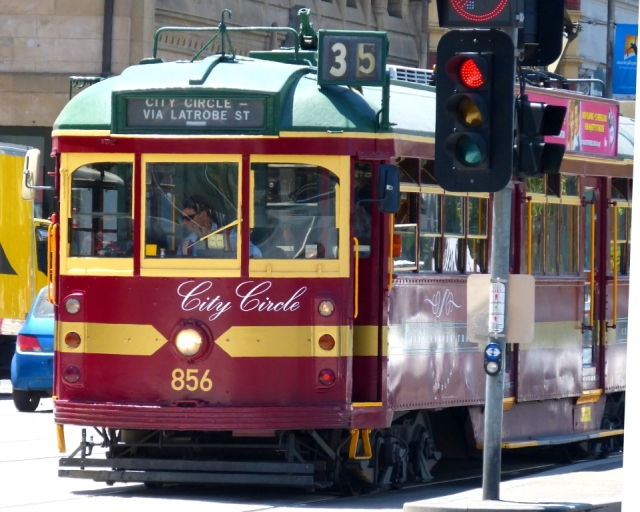 The FREE! Melbourne City Circle Tram