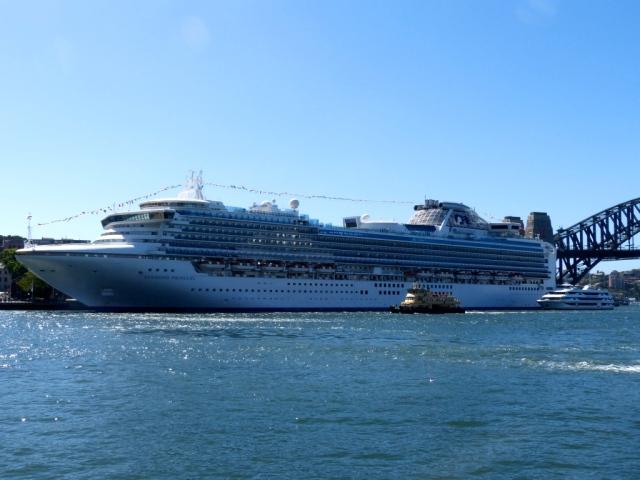 A massive Cruise Ship in Sydney